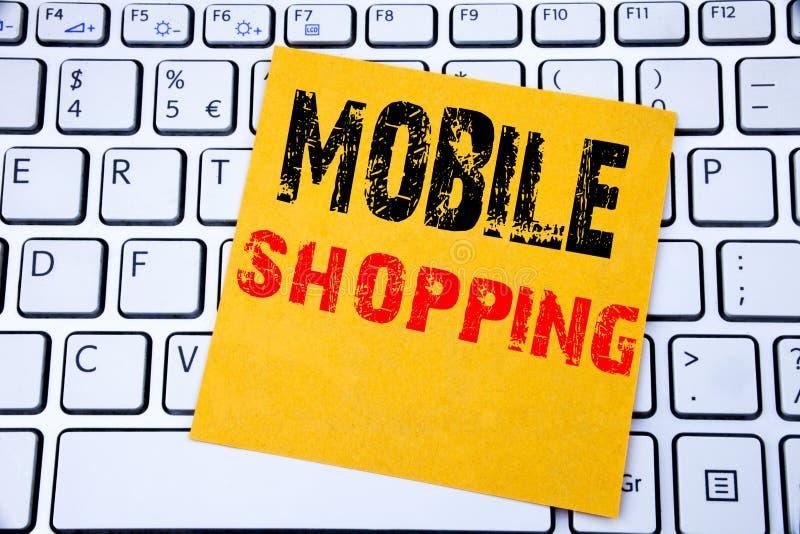 Compras móviles Concepto del negocio para la orden en línea del teléfono móvil escrita en el documento de nota pegajoso sobre el  fotos de archivo