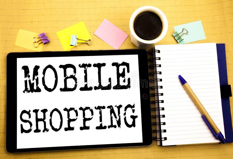 Compras móviles Concepto del negocio para la orden en línea del teléfono móvil escrita en el ordenador portátil de la tableta, fo fotografía de archivo libre de regalías