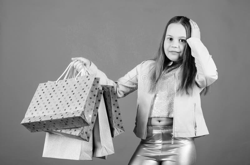 Compratore dipendente del Fashionista Bambini del boutique di modo Acquisto della ragazza di compleanno Migliori affari neri di v immagini stock