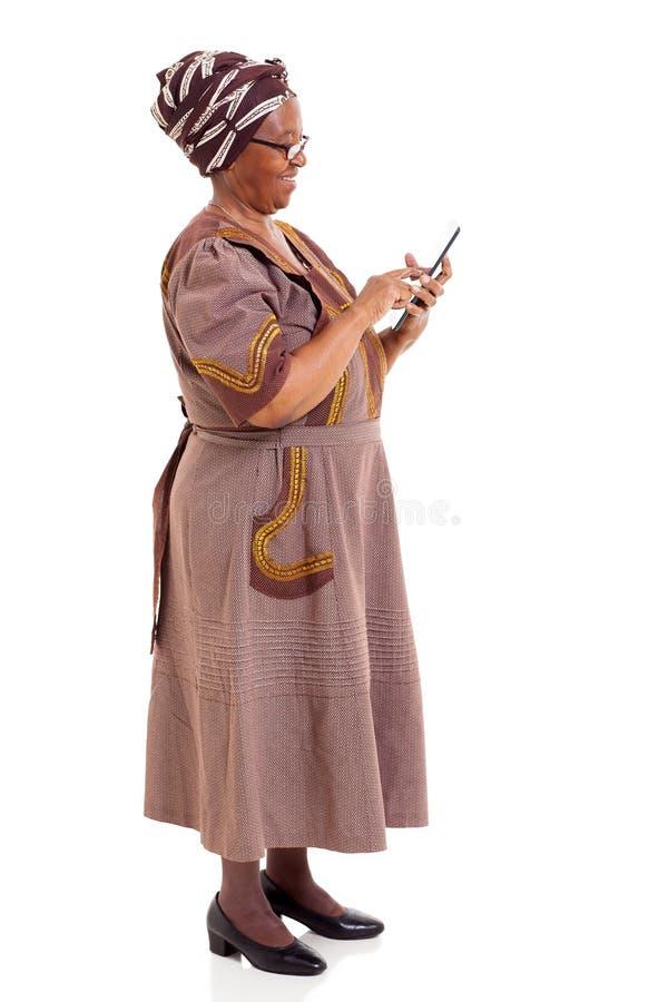 Compressa africana anziana della donna immagine stock libera da diritti