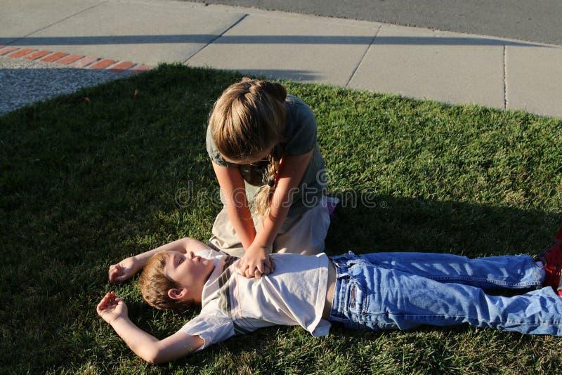 Compression de CPR photos stock