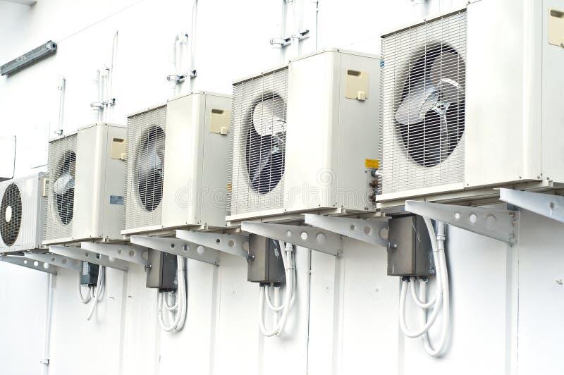 Compressor do condicionamento de ar. foto de stock