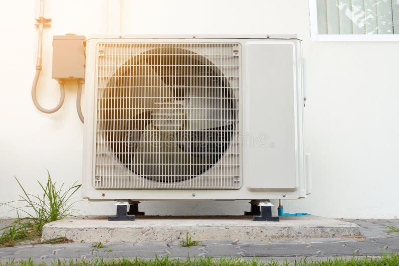 Compressor do condicionamento de ar, sistema de refrigeração imagens de stock royalty free