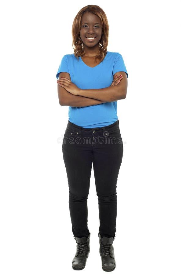 Download Comprimento Cheio Disparado Do Adolescente Africano Lindo Imagem de Stock - Imagem de femininity, isolado: 26509695