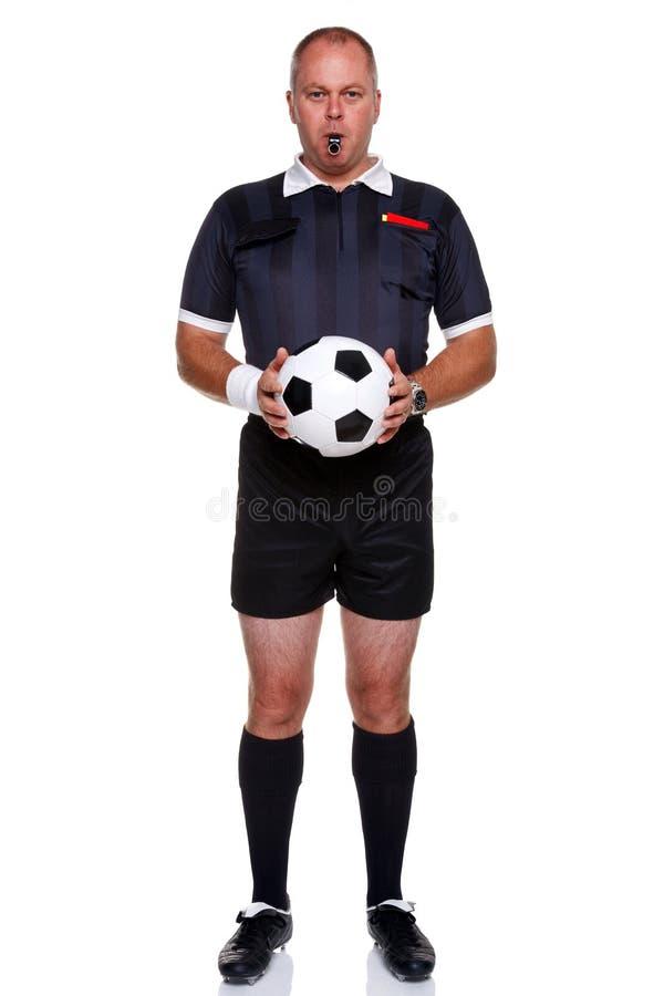 Comprimento cheio do árbitro do futebol isolado no branco imagem de stock royalty free