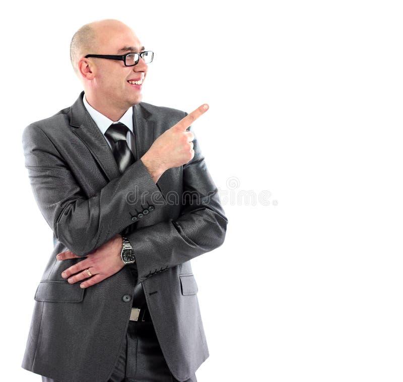 Download Comprimento Completo Do Homem De Negócio Novo No Terno Que Aponta No Espaço Da Cópia Imagem de Stock - Imagem de dedo, propaganda: 29826553