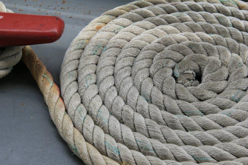 Comprimento da corda na doca do esporte de barco fotografia de stock royalty free