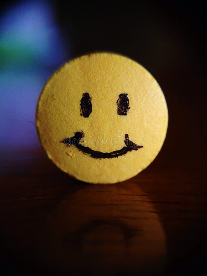 Comprimido da felicidade imagem de stock