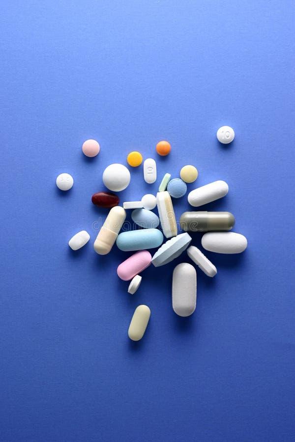 Download Comprimidos foto de stock. Imagem de drogas, macro, doutor - 110824