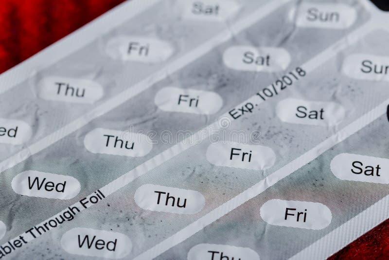 Comprimidos da medicina nos blocos Comprimidos no bloco, nas cápsulas e no comprimido de bolha fotos de stock royalty free