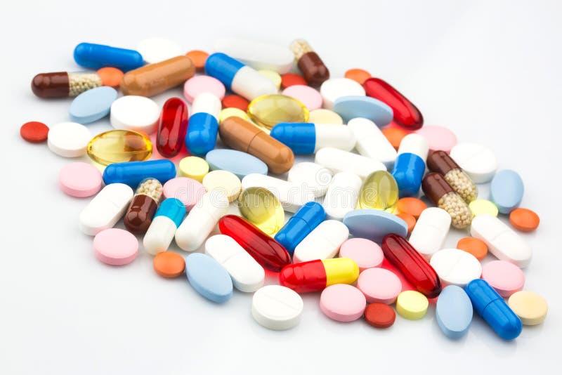 comprimidos e cápsulas da medicina fotos de stock
