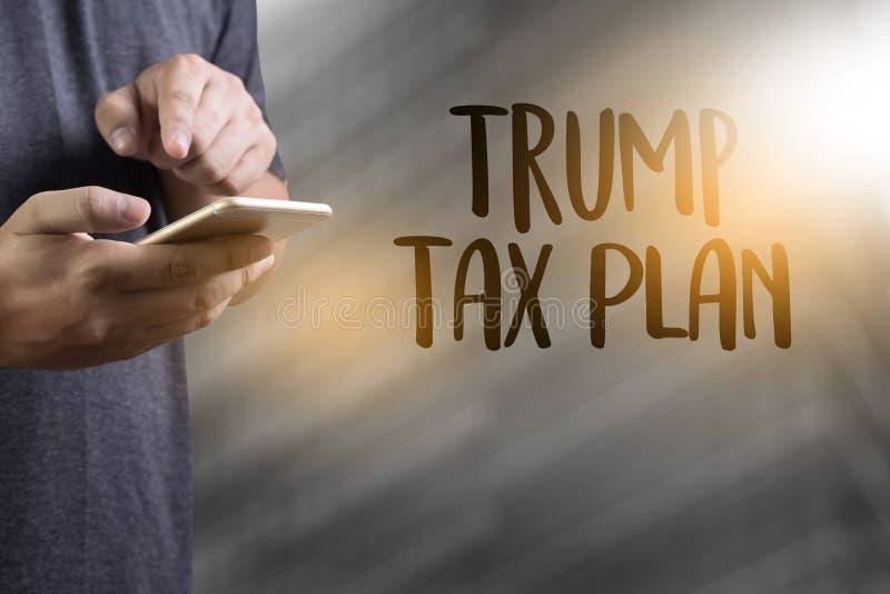 Comptabilité financière T d'argent de plan fiscal d'atout de document de temps d'impôts photo stock