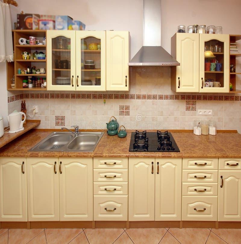 Compteur de cuisine à la maison photographie stock libre de droits