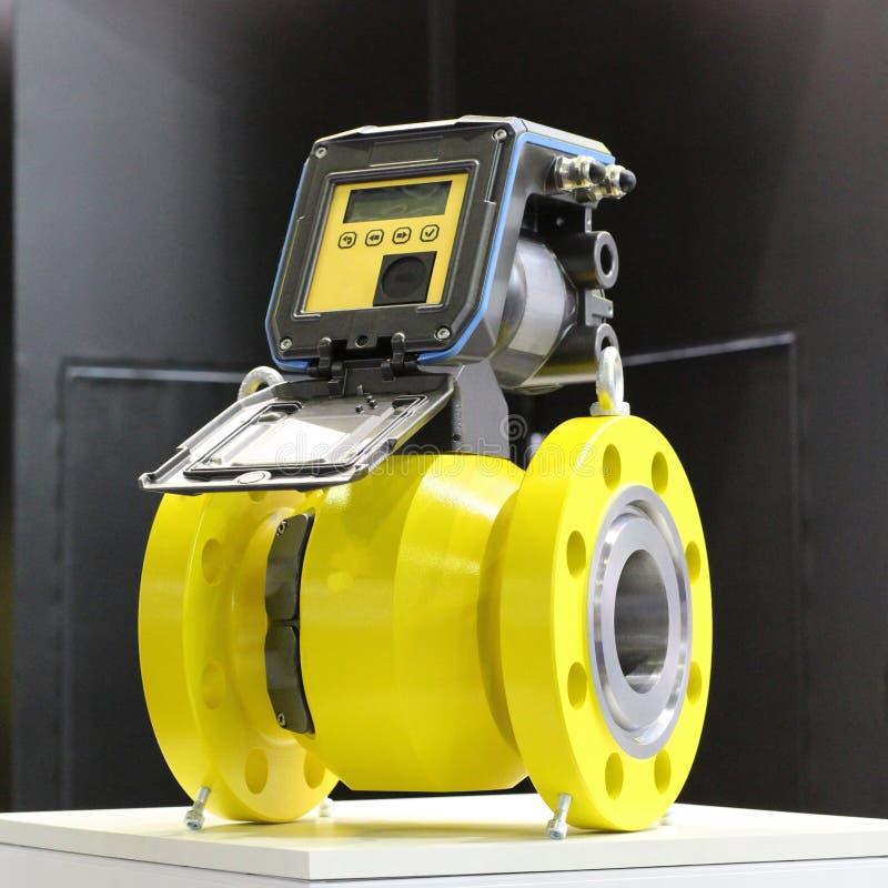 Compteur de débit ultrasonique pour le gaz naturel et de pétrole photos stock