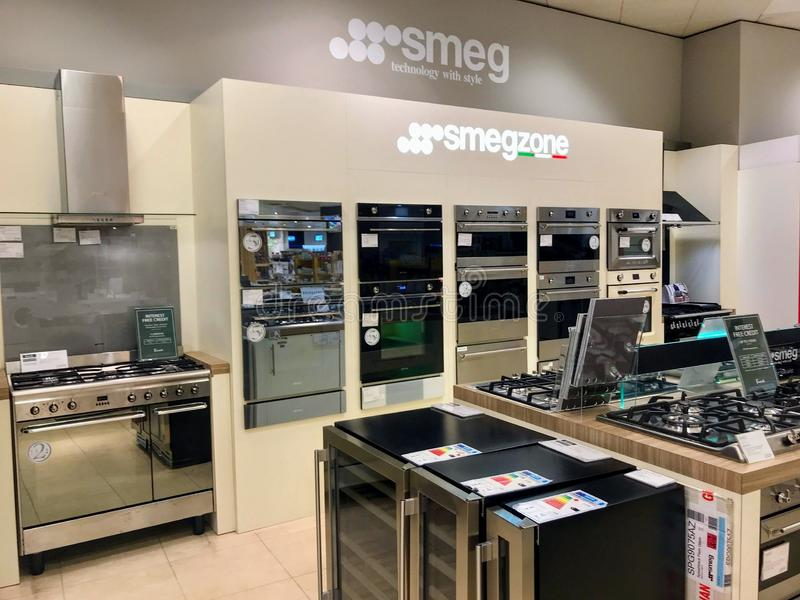 Compteur de SMEG dans un magasin de Londres image libre de droits