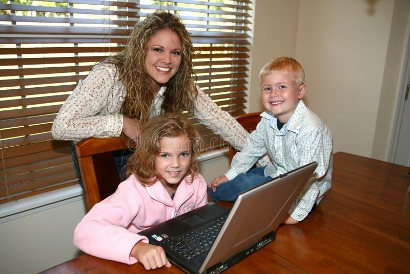 Computador em casa foto de stock royalty free