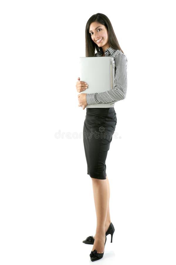 Computador portátil triguenho do hug da mulher imagem de stock royalty free