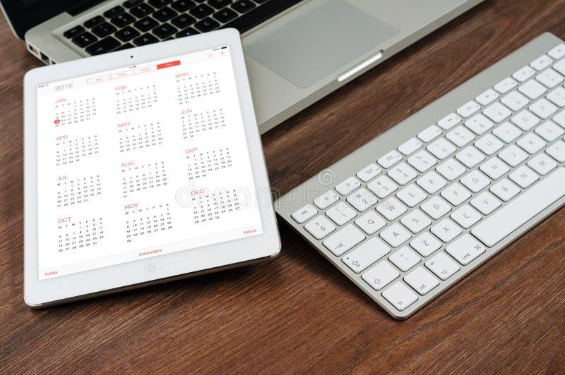 Computer portatile e iPad immagine stock