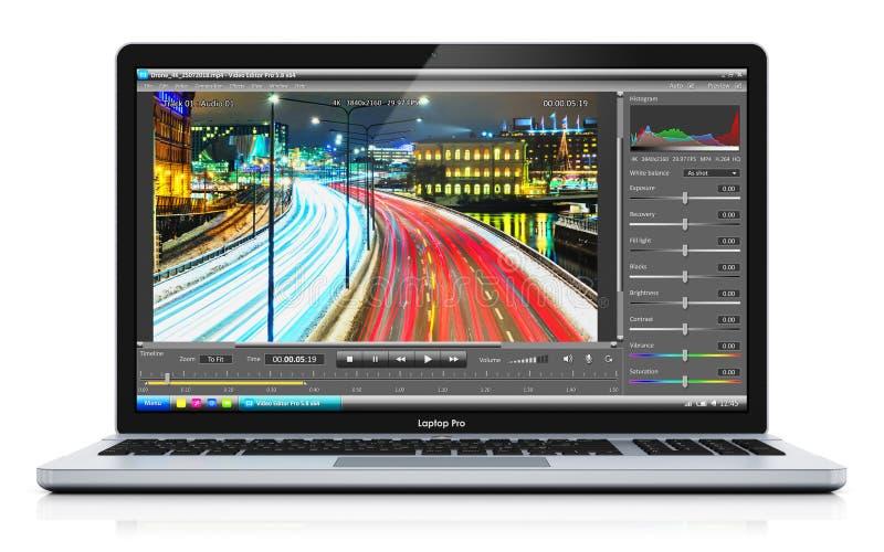 Computer portatile o taccuino con il video che pubblica software illustrazione di stock