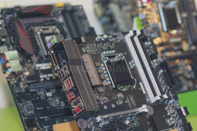 Computer` s motherboards zijn op de opslagteller royalty-vrije stock foto