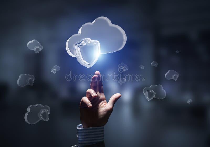 Computer- und Internet-Sicherheitskonzept dargestellt durch Ikonenwolke Gemischte Medien stockfotos