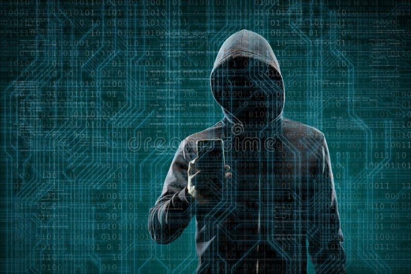 Computerhacker in der Maske und Hoodie ?ber abstraktem bin?rem Hintergrund Undeutlich gemachtes dunkles Gesicht Datendieb, Intern stockbilder