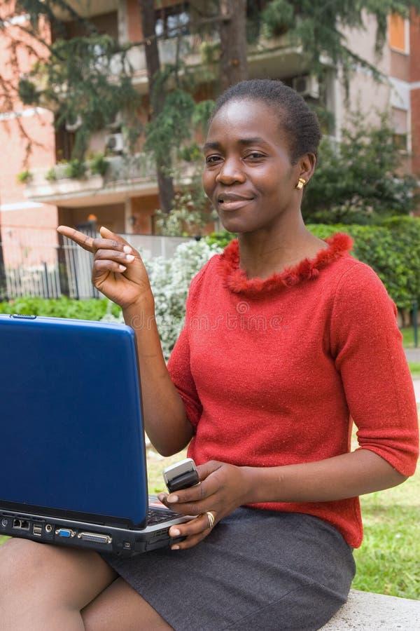 Download Computerjob stockfoto. Bild von ethnicity, ausbildung - 9094834