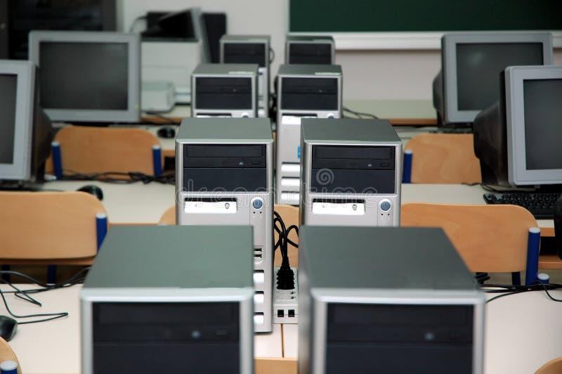 Computerklassenzimmer stockfotografie