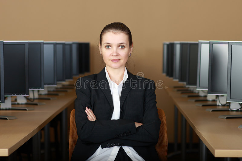 In computerlaboratorium stock afbeeldingen