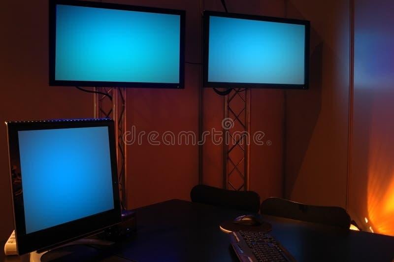 Computerscreen y plasmas fotografía de archivo libre de regalías