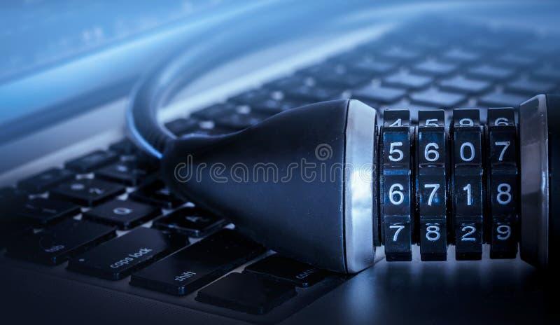 Computersicherheitsschloss-Konzeptbild stockfotografie