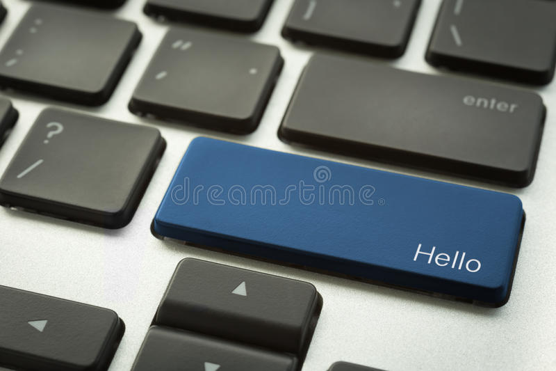 Computertoetsenbord met typografische HELLO-knoop royalty-vrije stock foto