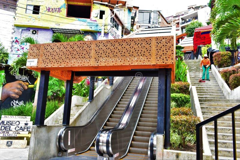 Comuna 13 de medellin della La dell'en di Escaleras fotografia stock libera da diritti