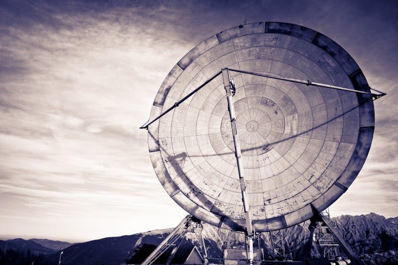 Comunicazione dell'antenna fotografie stock