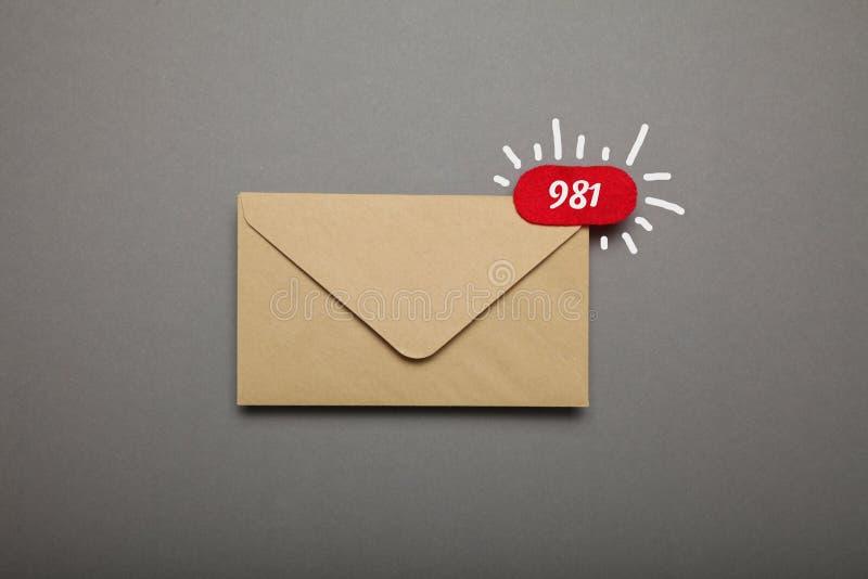 Comunicazione di chiacchierata di affari, notifica del bollettino fotografie stock