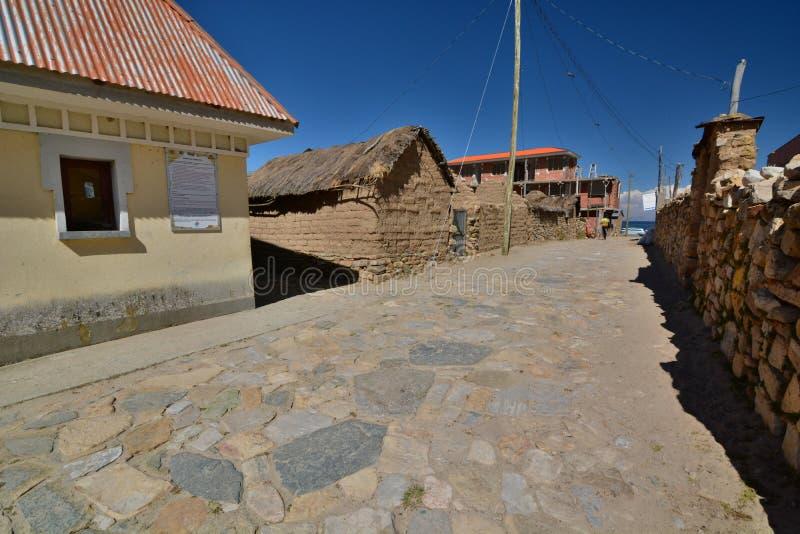Comunidad Challapampa del isla sol 湖Titicaca 流星锤 免版税库存照片