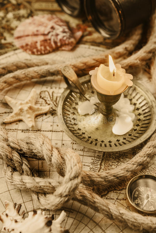 Conçu dans le style antique : aventure photos stock