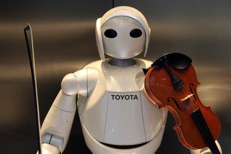 Con excepción de los coches, Toyota también desarrolla los robots del humanoid, que incluso c foto de archivo libre de regalías