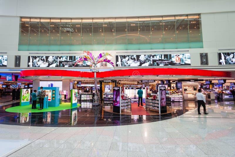 Con franquicia, aeropuerto de Dubai International foto de archivo libre de regalías