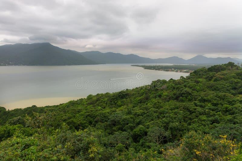Conceicaolagune in Florianopolis, Brazilië stock afbeeldingen