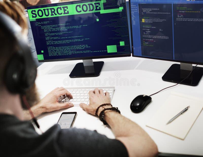 Conceito binário do Internet do computador da análise do código fonte foto de stock