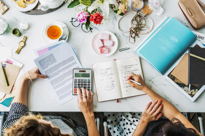 Conceito calculador explicando do plano de negócios da análise imagem de stock