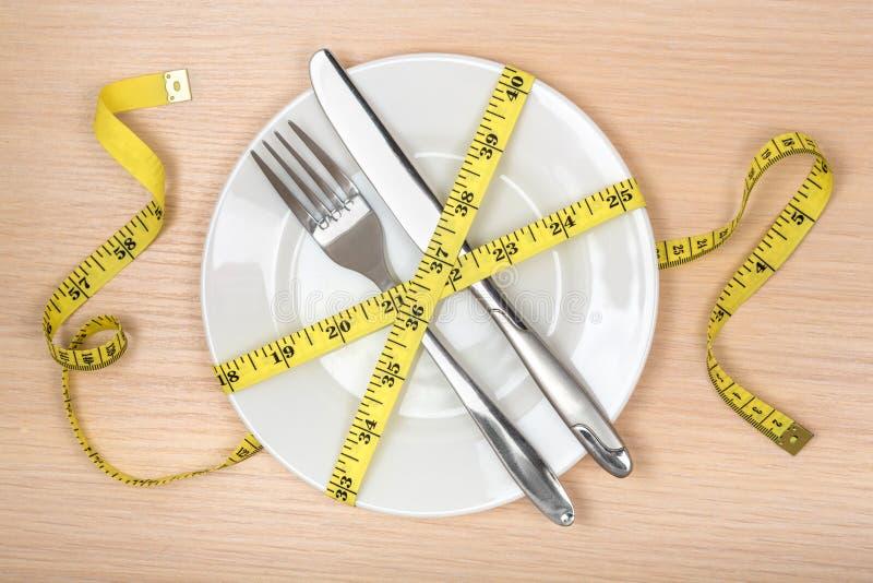 Conceito comendo ou de dieta saudável Placa vazia imagens de stock