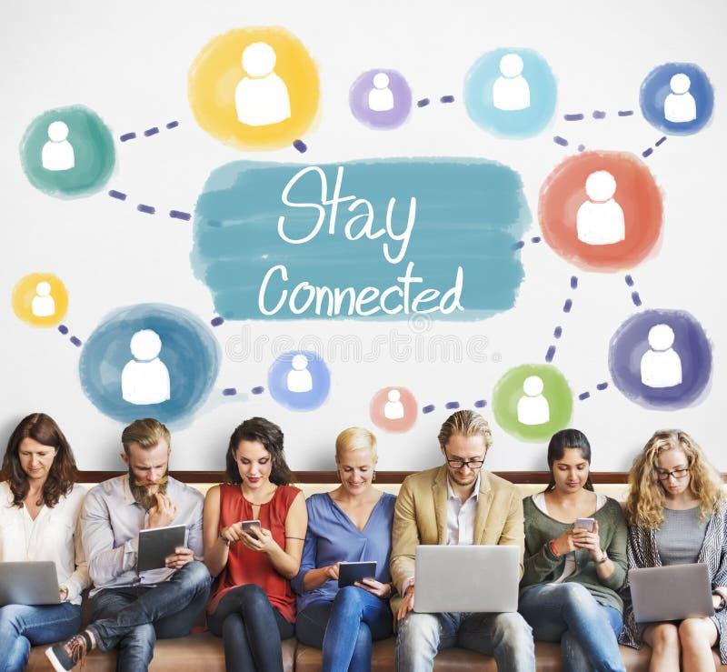 Conceito conectado estada do Internet dos trabalhos em rede de uma comunicação imagens de stock