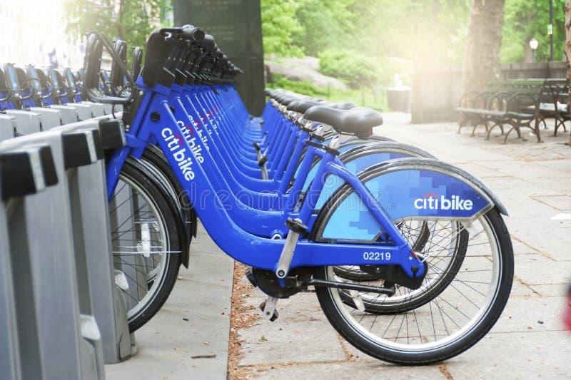 Conceito da Aluguel-UM-bicicleta das bicicletas de Citi, New York City imagens de stock royalty free
