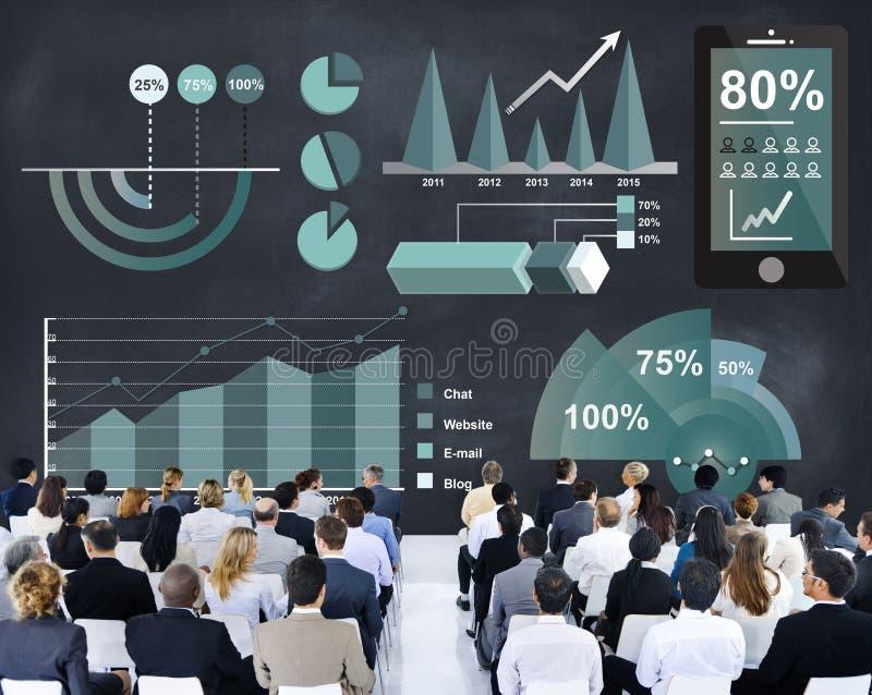 Conceito da análise do progresso do negócio das estatísticas da analítica fotografia de stock
