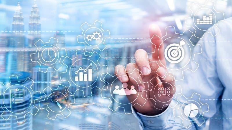 Conceito da automatização de processo de negócios Engrenagens e ícones no fundo abstrato imagens de stock royalty free