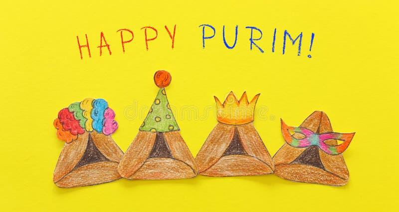 Conceito da celebração de Purim & x28; holiday& judaico x29 do carnaval; Cookies tradicionais do hamantash cutted de papel e pint fotos de stock