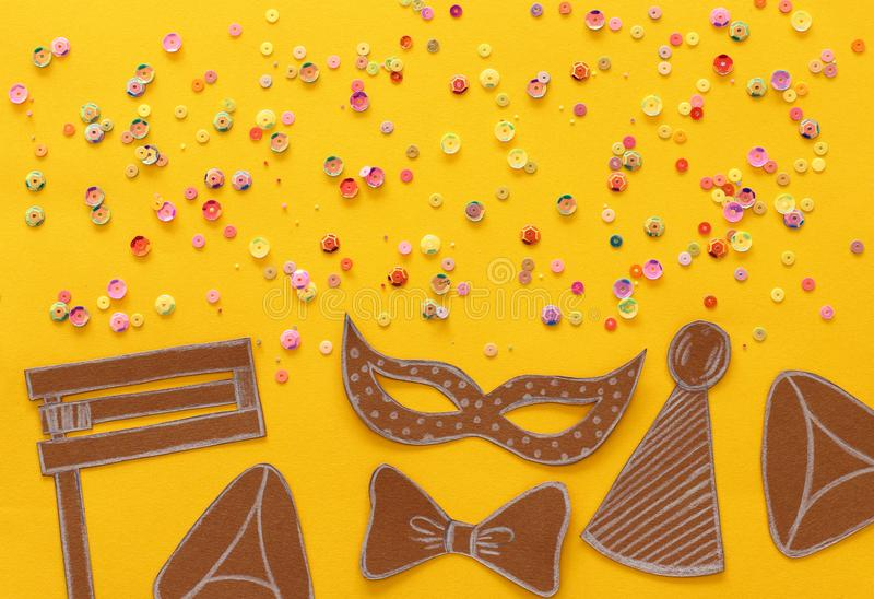 Conceito da celebração de Purim & x28; holiday& judaico x29 do carnaval; Formas tradicionais dos símbolos cutted do papel imagem de stock royalty free
