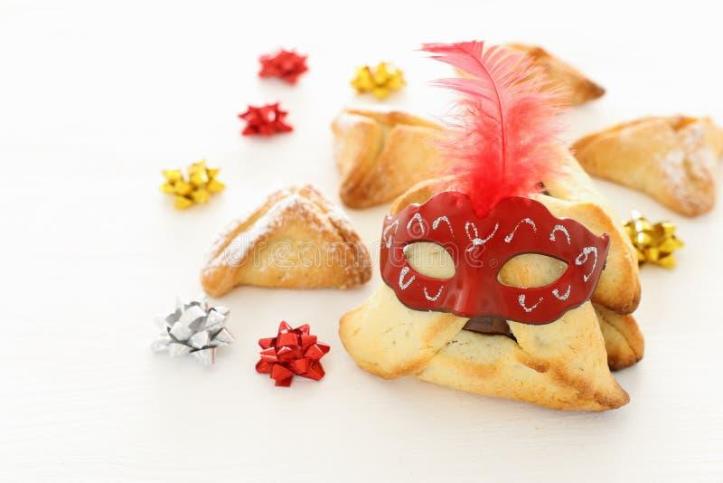 Conceito da celebração de Purim & x28; holiday& judaico x29 do carnaval; Tradicional hamantaschen cookies foto de stock royalty free